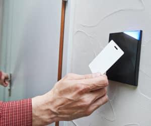 Safe-Against-Locksmith-Scams